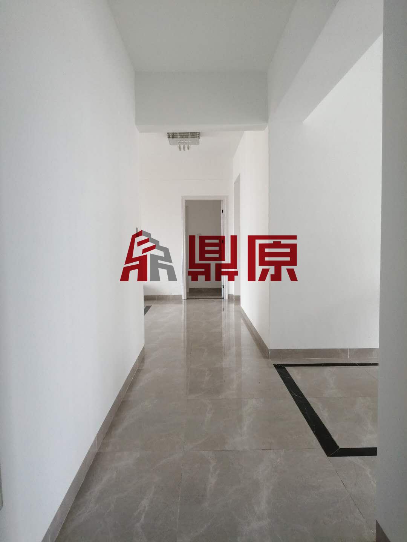 凤凰花城(三期)室2厅2卫1阳台