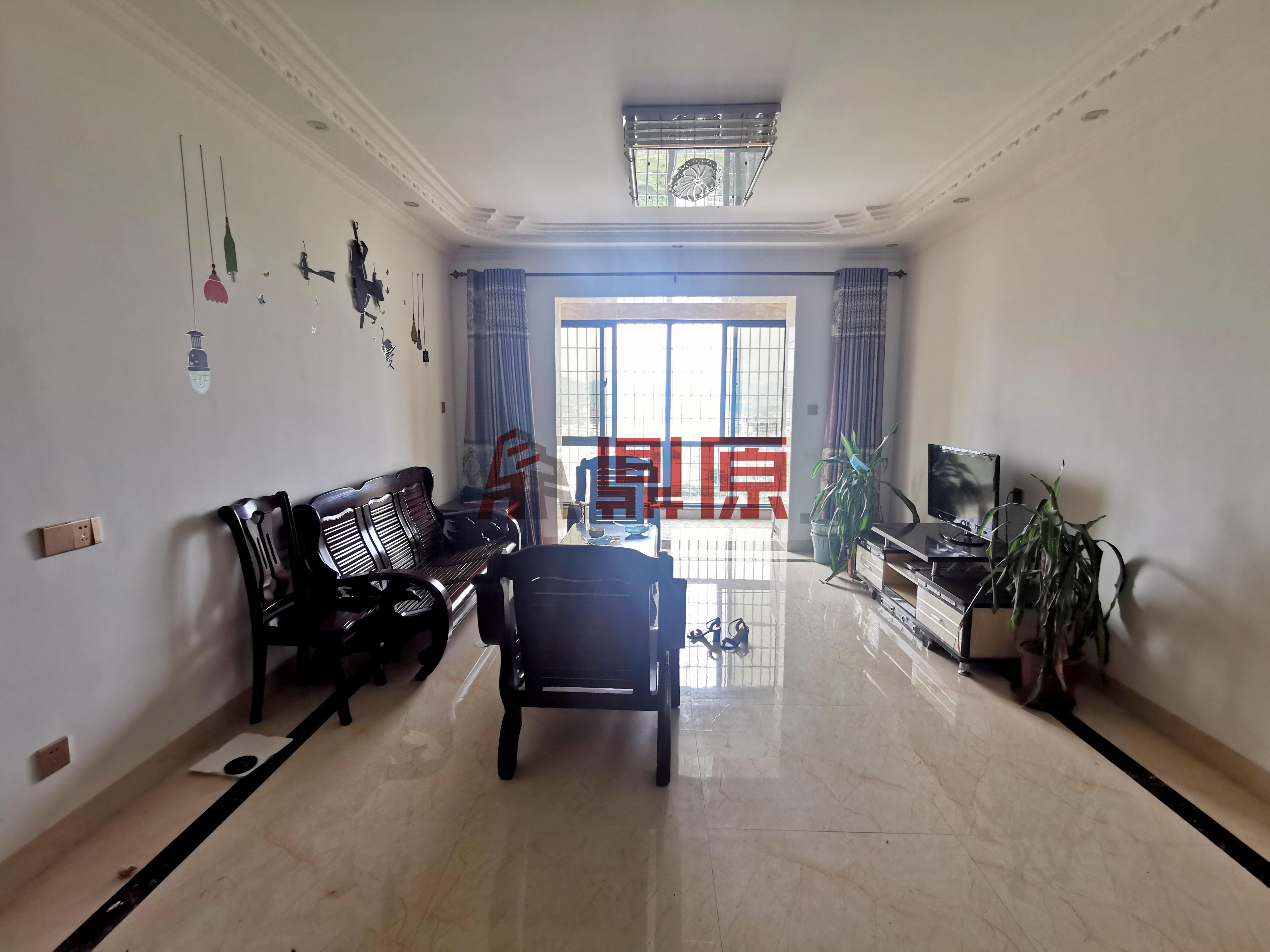 凤凰花城(一期)室2厅2卫1阳台