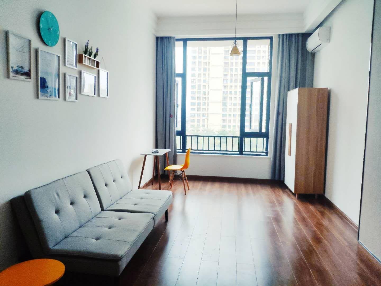 龙湖春江郦城二期室0厅1卫0阳台
